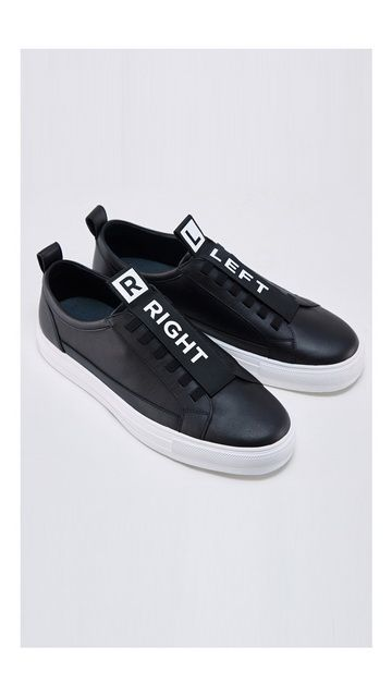 时尚户外平底休闲鞋