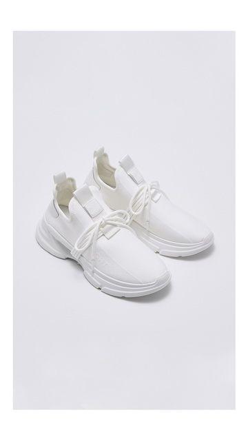 圆头套脚运动户外鞋子