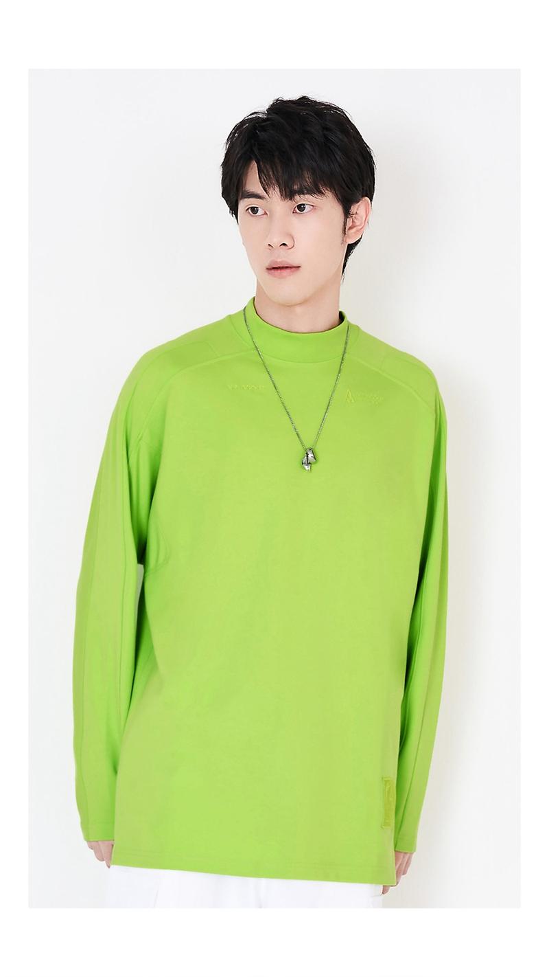 立体刺绣袖高领长袖T恤