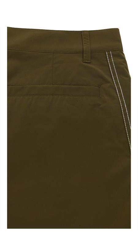 【精选货品】撞色明线刺绣休闲短裤
